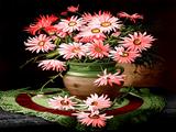 گلدان گلهای صورتی